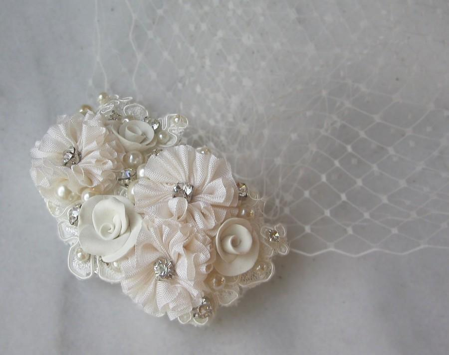 Свадьба - Ivory Birdcage Veil and Fascinator, Bridal Fascinator and Bird Cage Bandeau Veil with Rhinestones, Pearls, Vintage Style  - COLETTE