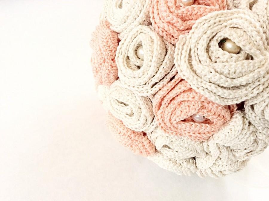 Свадьба - Beige and salmon pink  wedding bouquet bridal bouquet hand crochet with vintage pearls