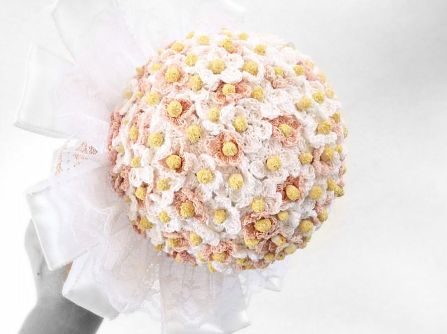 white and pale pink wedding bouquet bridal bouquet hand crochet, Beautiful flower
