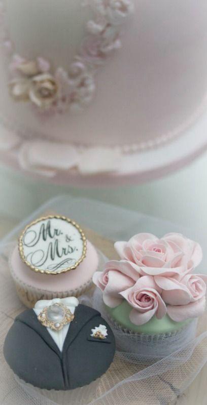 Свадьба - Mr. & Mrs. Cupcake ~ Debbie Orcutt ❤