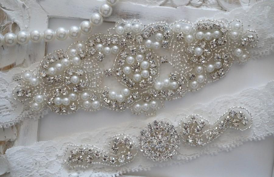 Mariage - Wedding Garter Set, Bridal Garter Set, Vintage Wedding, Lace Garter, Crystal Garter Set, Pearl Garter-Style 200