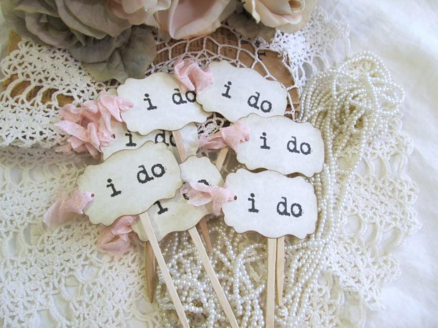Свадьба - i do Wedding Cupcake Toppers Party Picks - Parchment - Set of 12 or 18 - Choose Ribbons - Vintage Rustic Shabby Style Wedding