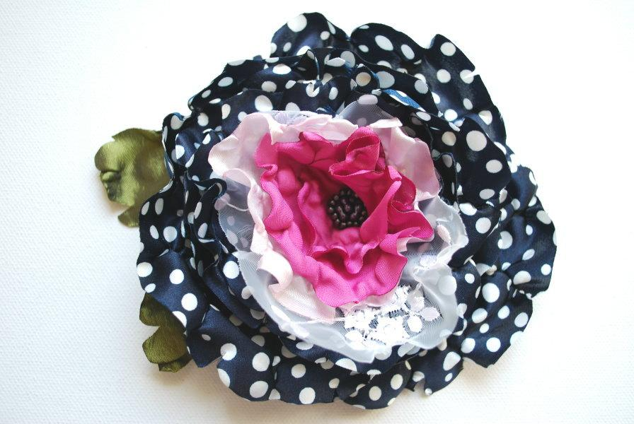 Свадьба - polka dots satin flower, navy blue pink bridal hair flower, weddings accessories, bridal bridesmaids head piece, brooch, photo prop