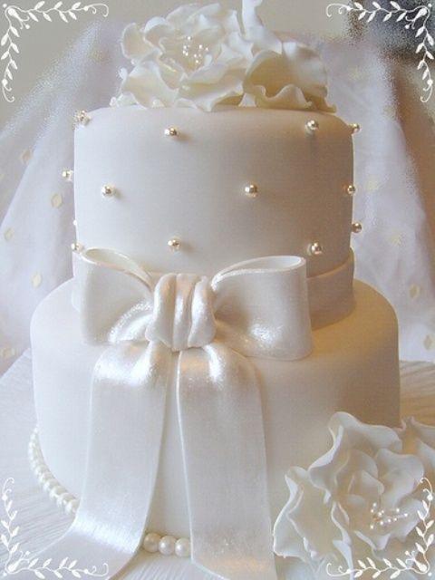 Wedding - Exquisite All White Wedding Cakes