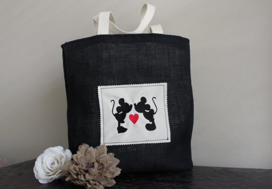 زفاف - Kissing Mickey/Minnie Mouse Tote in Burlap or Canvas Fabric -Bridesmaid, Bridal Shower, Birthday, Disney Wedding, Purse, Gift-Goodie Bag