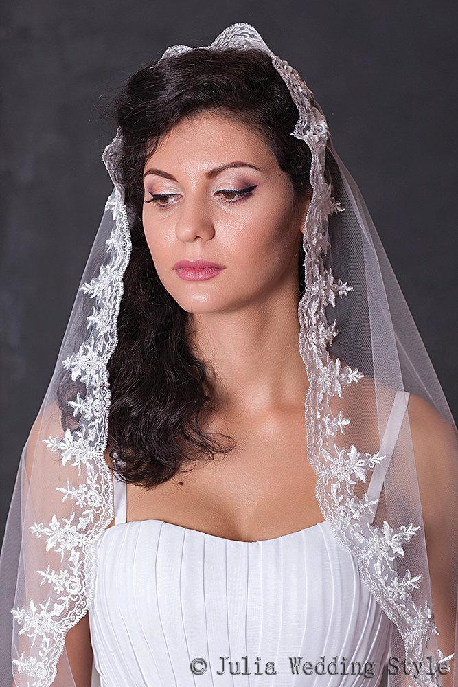 Mariage - Mantilla veil,lace wedding veil,chapel veil,chapel length veil,long veil,Elegant Wedding Veil,bridal veil lace,one tier veil,long white veil