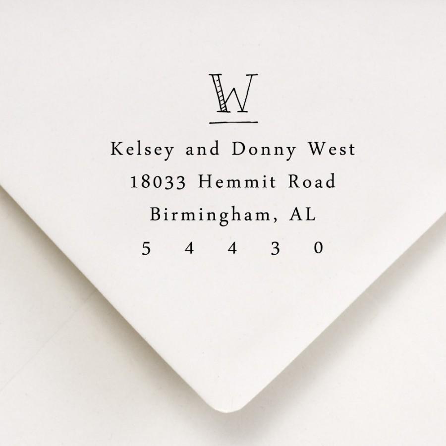 Свадьба - Monogram Return Address Stamp - WOOD HANDLE - hand printed style - Wedding gift - Kelsey and Dustin Design