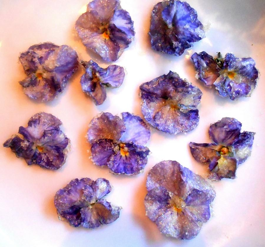 Mariage - Organic Candied Flowers, Edible Violas, Cupcake Toppers, Wedding Cakes
