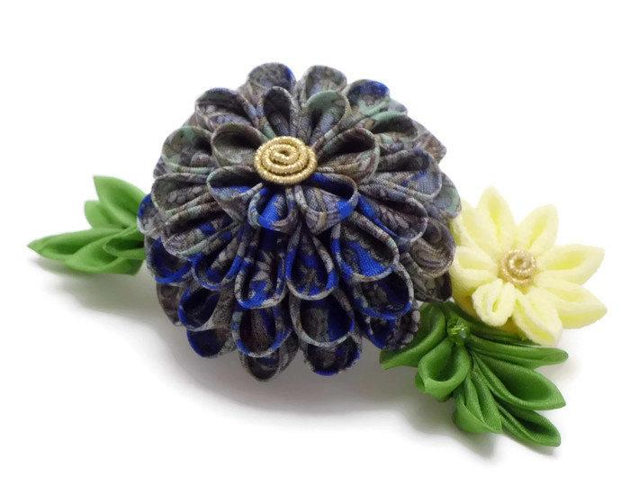 Свадьба - Blue Yellow Flower Hair Comb/ Tsumami Kanzashi/ Japanese Hair Comb/ Floral Headpiece/ Silk Flower/ Fabric Flower/ Gift for Her/ OOAK
