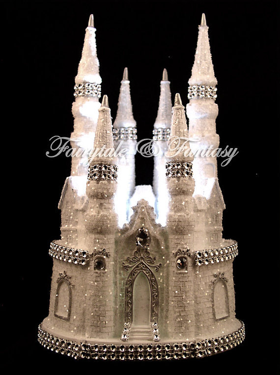 Mariage - Cinderella Castle Fairytale Wedding Cake Topper or Sweet 16 or 15 - LIGHTED