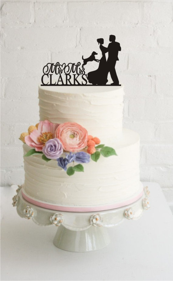 Wedding - Wedding Cake Topper with Dog, Personalized Wedding Cake Topper, Mr and Mrs Wedding Cake Topper, Wedding Cake Decor, Wedding Gifts - A687