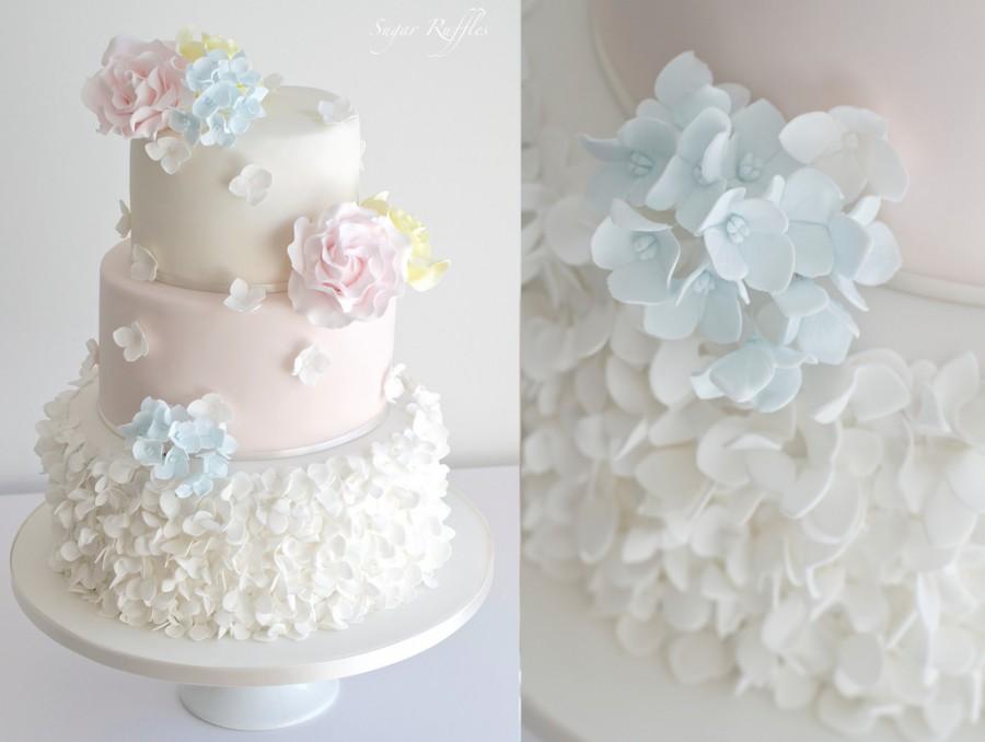زفاف - Petal Ruffles