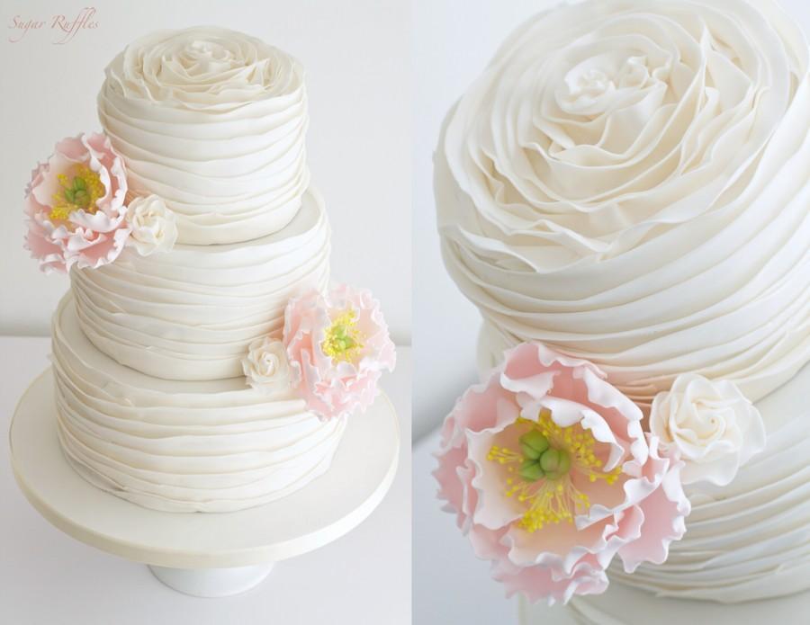 زفاف - Peony Ruffle Wedding Cake