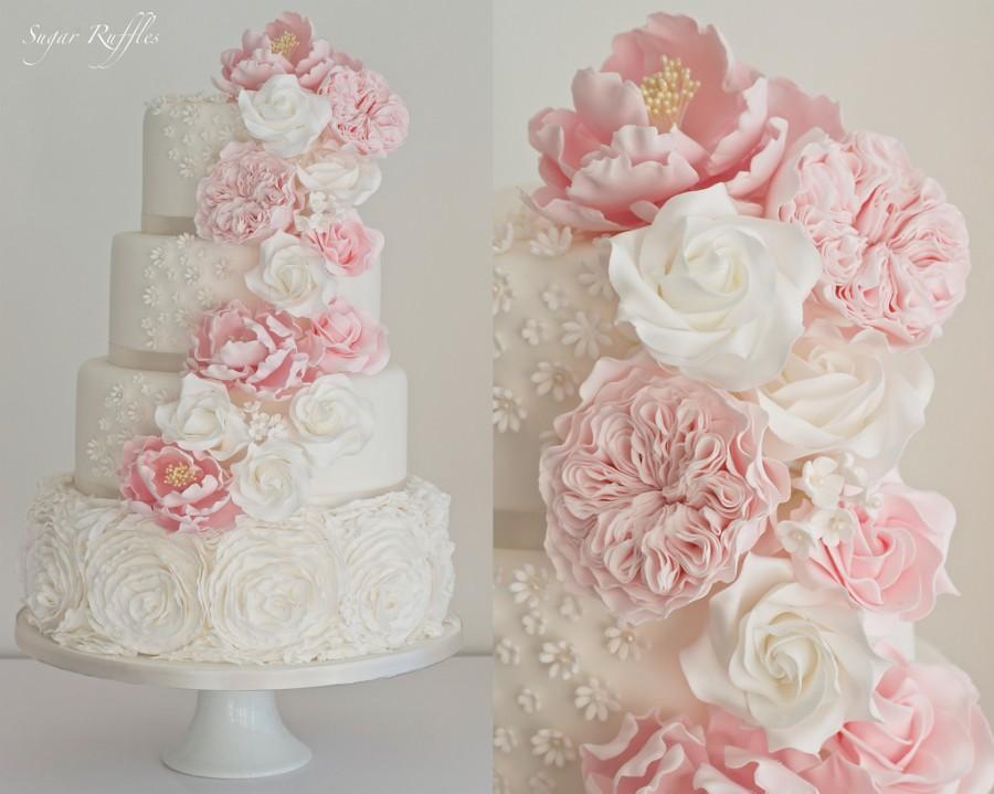 Свадьба - Ruffle Roses & Cascading Flowers