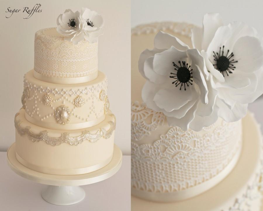 Свадьба - Lace And Anemone Wedding Cake