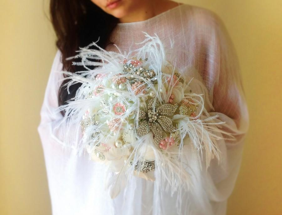 Mariage - Great Gatsby Brooch bouquet, Brooch and pearl bouquet, crystal bouquet, Feather bouquet, Brooch bouquet with feathers, pink brooch bouquet
