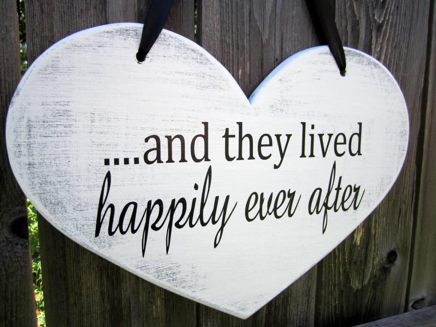 "Boda - 10"" x 15"" Wooden Heart Wedding Sign:  Double Sided  .....and they lived happily ever after & Thank You"