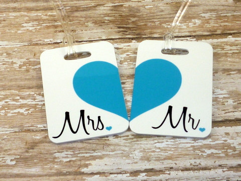 Mariage - Personalized Set of Mr. and Mrs. Luggage Tags - Double Sided- Wedding - Bridal Shower-Bride-Newlywed-Honeymoon-Bride luggage tag
