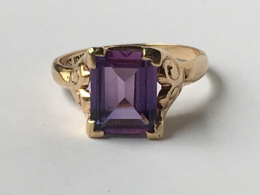 Wedding - Vintage Sapphire Ring in 10k Yellow Gold. Purple Color Change Sapphire. Art Deco Cocktail Ring. Unique Engagement Ring. September Birthstone