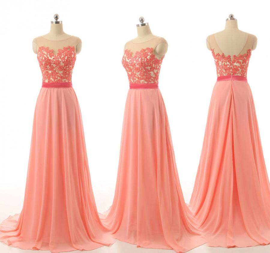 زفاف - Hot Pink Bridesmaid Dress Cap Sleeve Lace Applique Sheer Boat Neck Half V Cut Back Floor Length Chiffon Brdesmaid Gown
