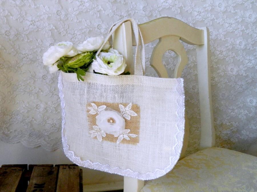 زفاف - Flower Girl Tote Bags, Gift for Flower Girl, Wedding Day Tote, Bridal Party Gift, Wedding giftbag, 100% Burlap Tote Bag