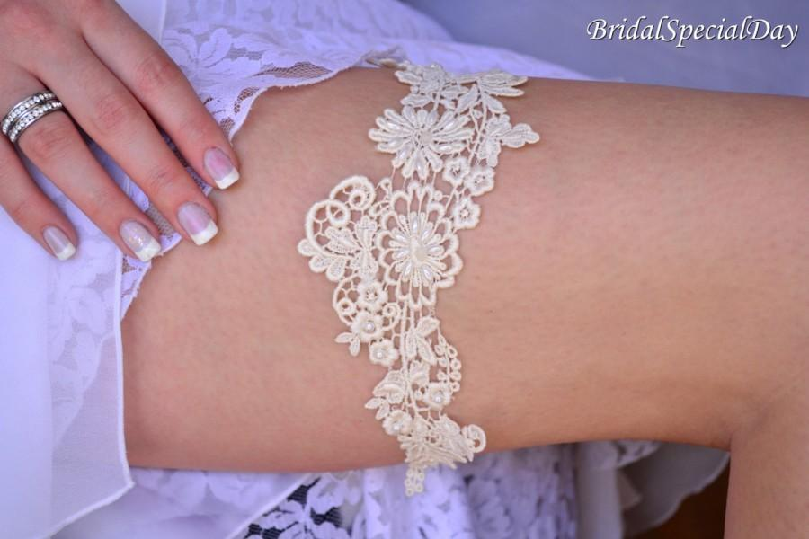 Mariage - Wedding Garter, Wedding Garter Set, Keepsake Garter, Garter Sets, Bridal Garters, Unique Wedding Garters, Ivory Garter, Ivory Bridal Garter