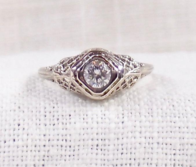Mariage - Vintage 14K Diamond Engagement Ring .43 Carat