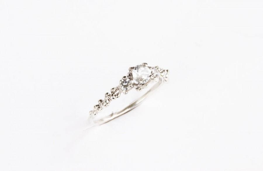 diamond rings nature inspired leaf ring engagement depot