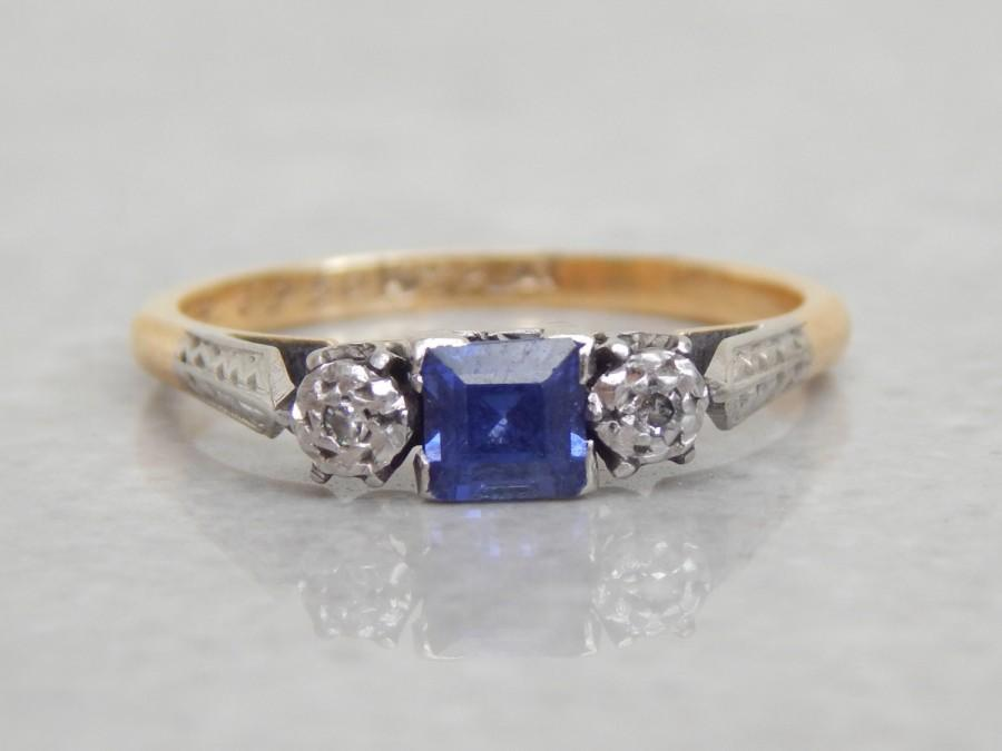Mariage - vintage engagement ring - sapphire and diamond 3 stone ring in 18ct gold and platinum - vintage 1950s