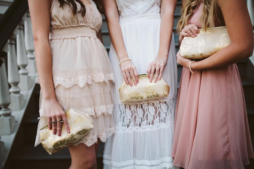 Свадьба - Bridesmaid Clutche Burlap/Linen Inspired Gold