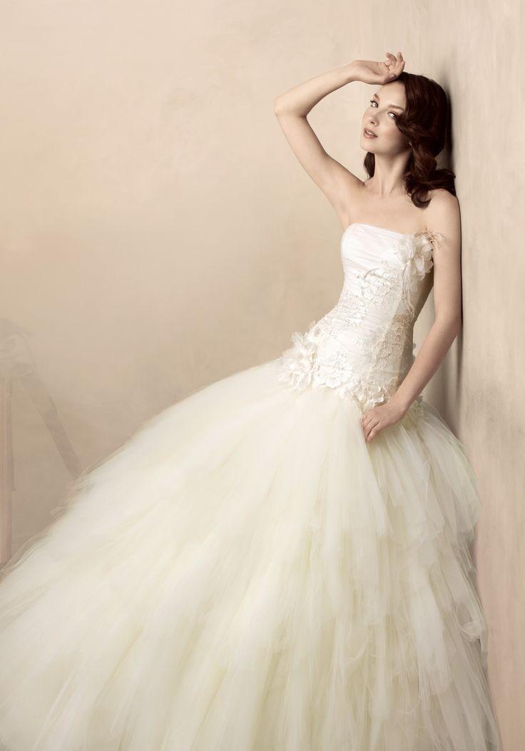Mariage - Wedding Dresses: Ballgowns