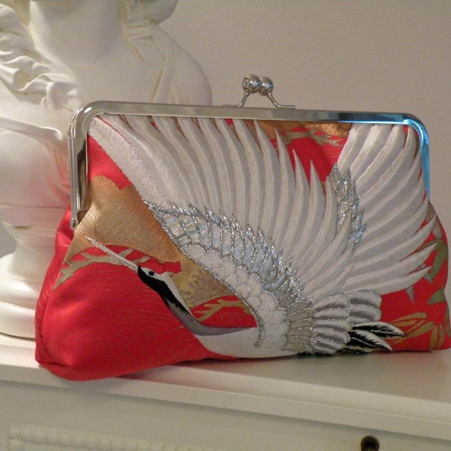 Свадьба - Wedding Silk Kimono Fabric Bag/Purse/Clutch..Bridal Gift..Embroidered Flying Cranes..Clouds..Cherry Blossom..Large 10 inch Frame