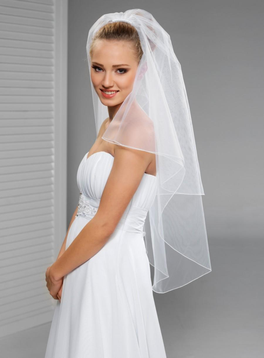 Mariage - 2 Tier Fingertip Lenght Simple Bridal Veil with cording edge in white or ivory