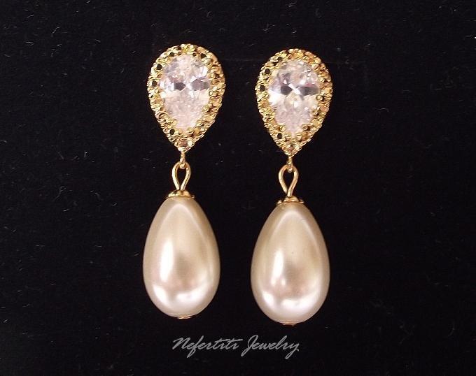 Mariage - Gold Bridal earrings,CZ Pearl wedding earrings,pearl bridal earrings,bridal jewelry, pearl drop wedding earrings, gold bridal jewelry