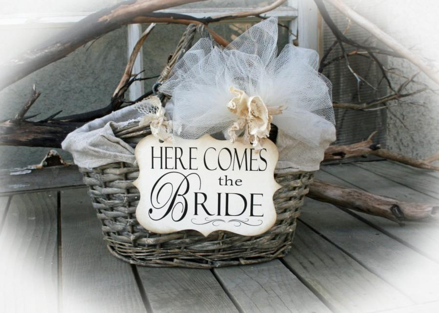 Hochzeit - FLOWER Girl Basket Signs- Here Comes the Bride Sign/Happily Ever After- Here Comes Mommy- Flower Girl Basket signs ONLY