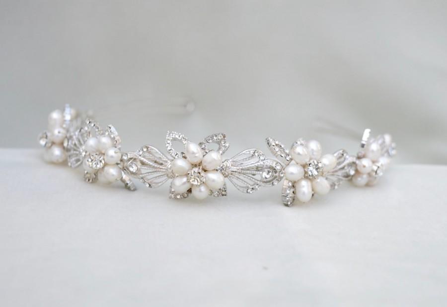 Mariage - Bridal Pearl & Crystal Headband / Wedding Headpiece / Bridal Tiara / Vintage Inspired Bridal Headpiece