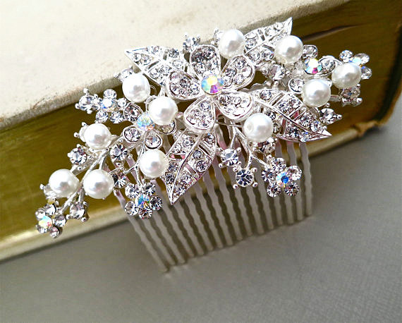Mariage - Floral Rhinestone Bridal Hair Comb, Wedding Pearl Crystal Hair Comb, Wedding Jewelry Comb, Bridal Hair Accessories, DAISY
