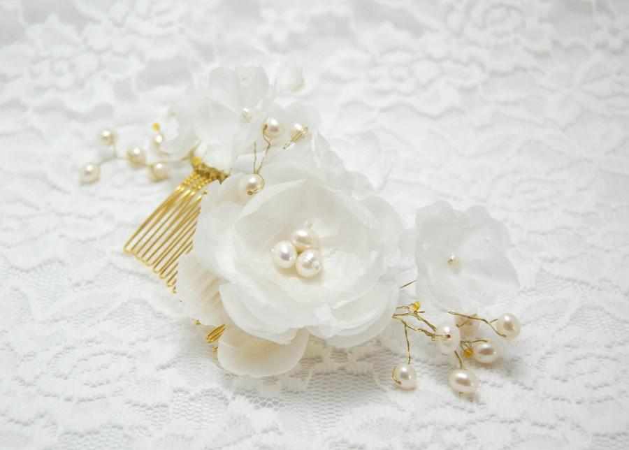 Mariage - Wedding Hair Accessory, Wedding Hair Flower, Ivory flower comb, Wedding Hair Piece, Bridal Hair Accessories, Bridal hair comb, Flower comb
