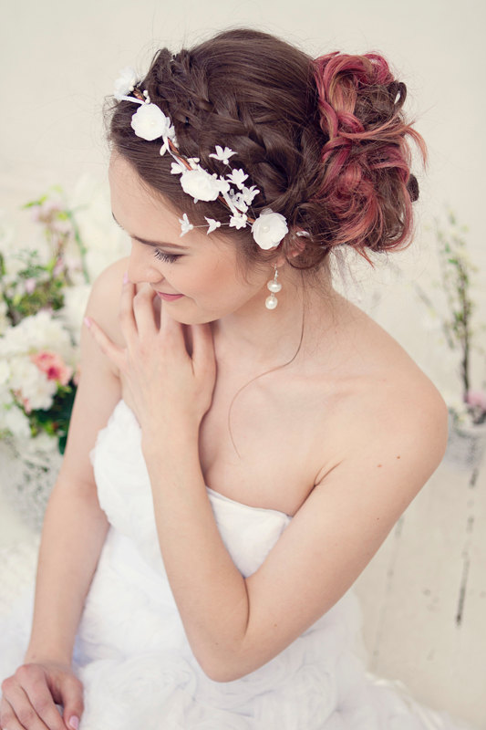 Mariage - Flower Crown, Wedding Tiara, Wedding accessories, Bridal flowers, Fairy Crown,Floral garland, Festival or Bridal Hair Wreath, Hair Flowers