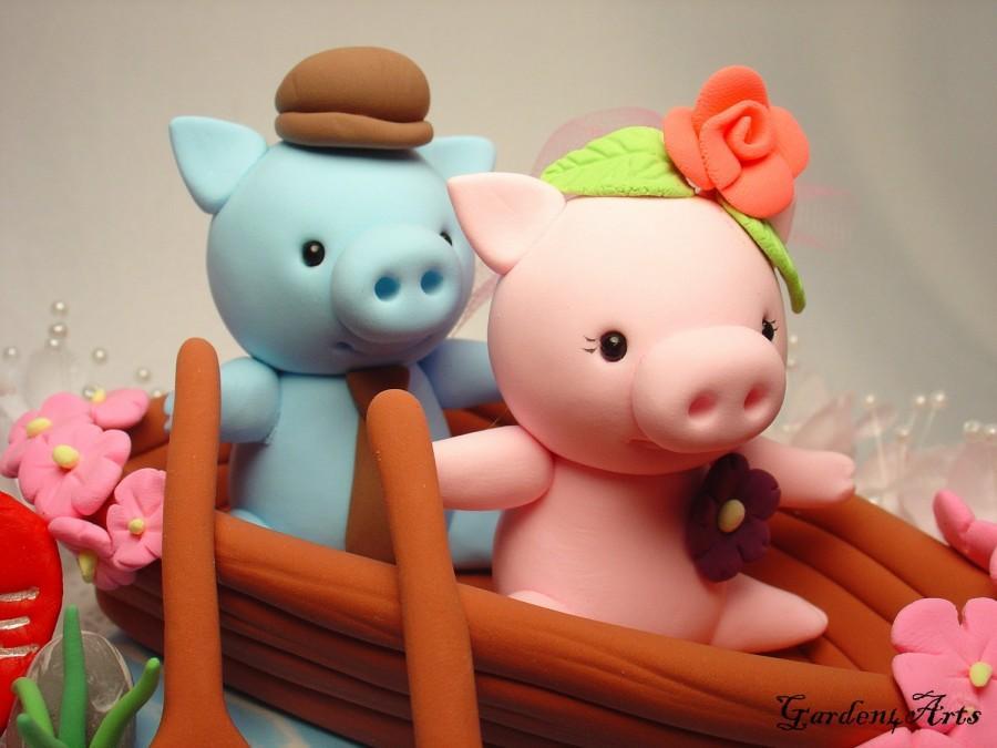 Свадьба - Custom Wedding Cake Topper--Pig Love with Sweet Boat and Ocean Base