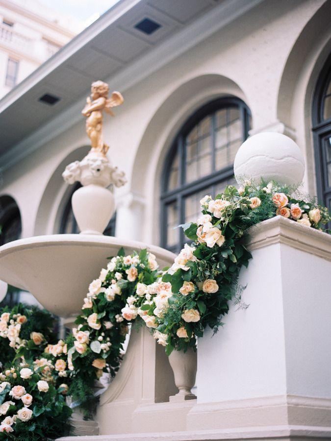 Свадьба - Lavish Indoor Wedding For The Ballroom Bride