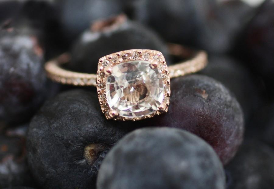 Mariage - White sapphire engagement ring 14k rose gold diamond ring 2.68ct cushion sapphire