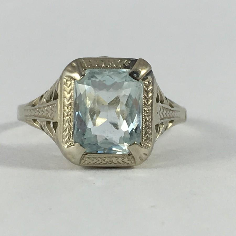 Mariage - Vintage Aquamarine Ring with 14k White Gold Filigree Setting. 1+ Carat. Unique Engagement Ring. March Birthstone. 19th Anniversary Gift.