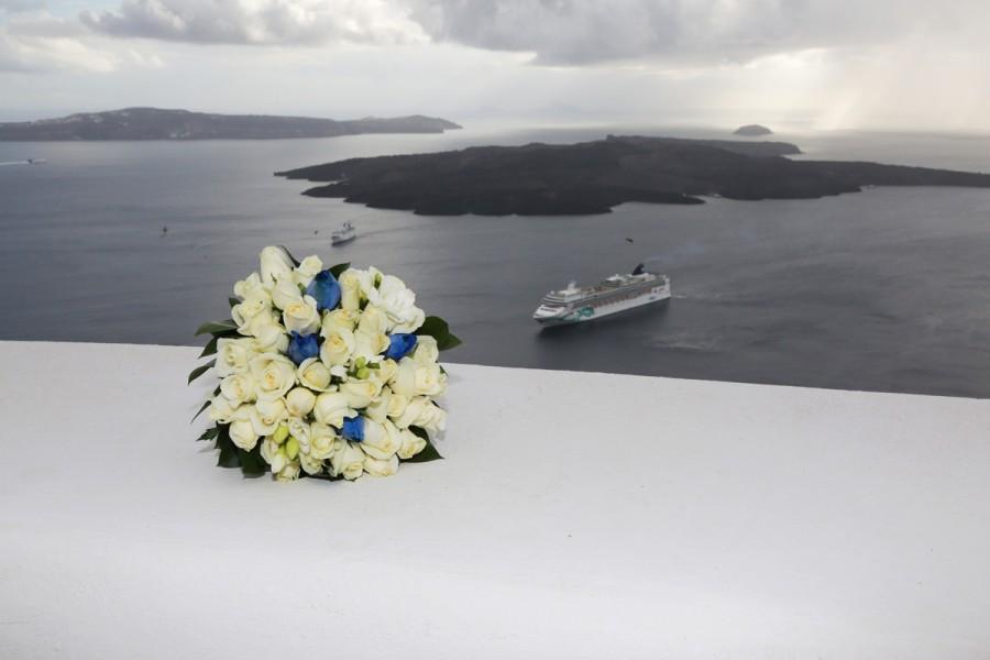 Hochzeit - Santorini  bridal bouquet