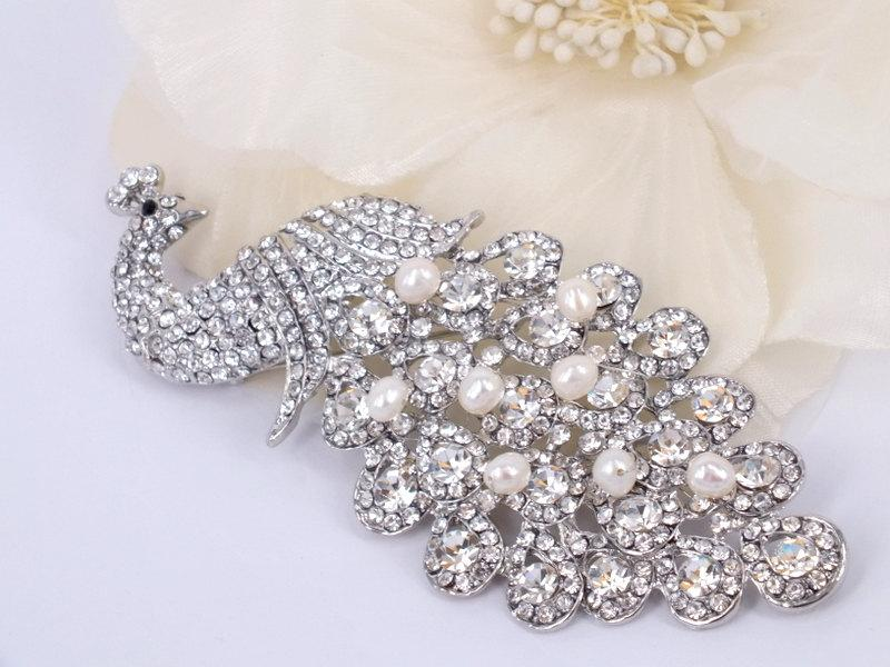 Mariage - Crystal Peacock - Austrian Rhinestone and Freshwater Pearl Bridal Brooch Pin
