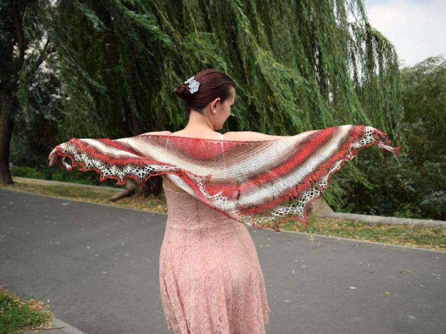 زفاف - Striped lace shawl, soft summer scarf, womens scarf in red white and brown, shouldercover, crescent shape