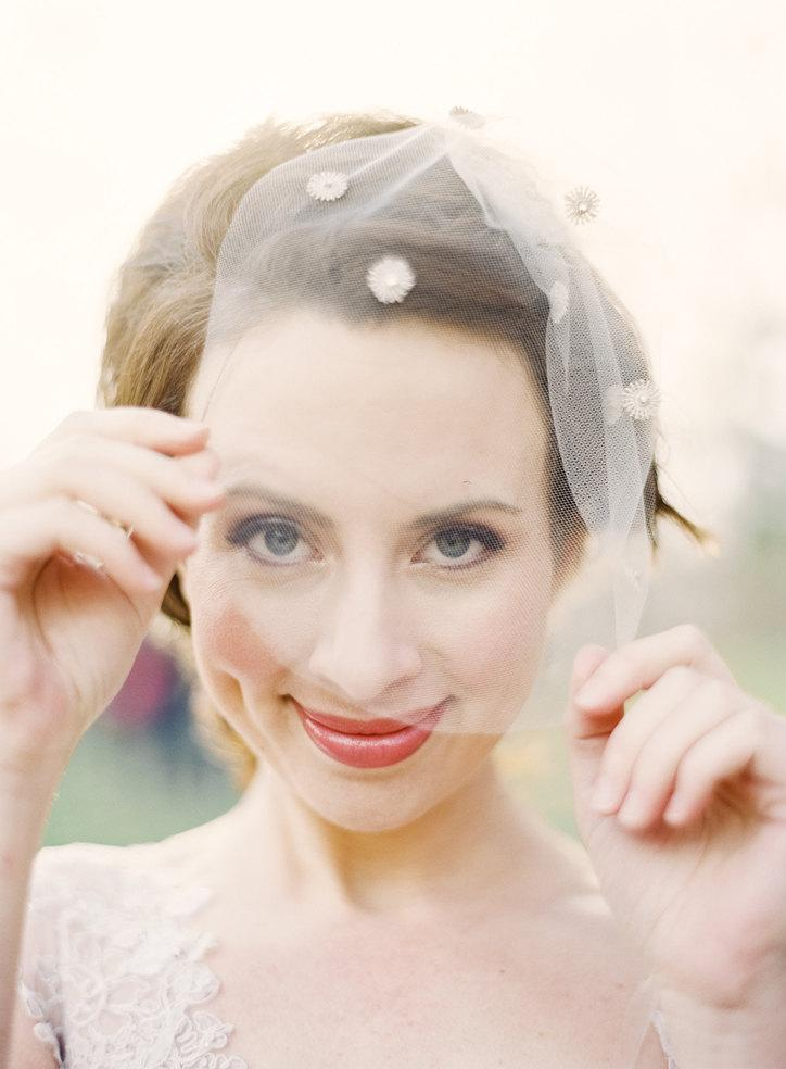 Mariage - Juliet: birdcage veil with silver vintage detail and crystals