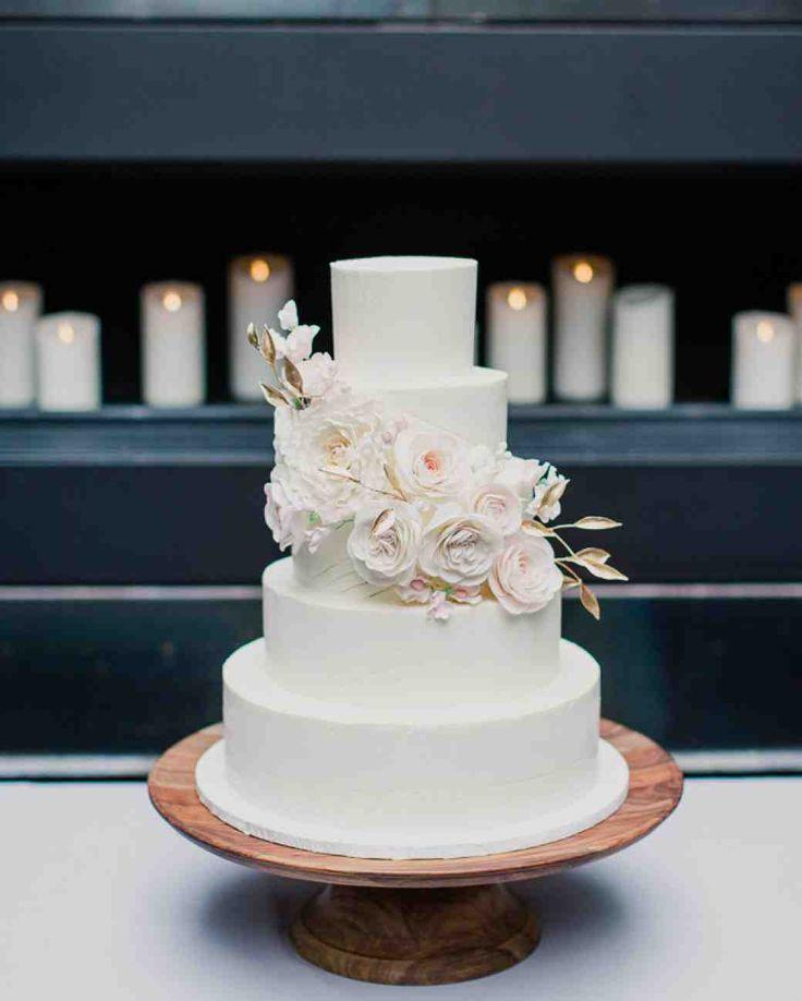 11 Reasons We Re Dreaming Of A White Winter Wedding Cake