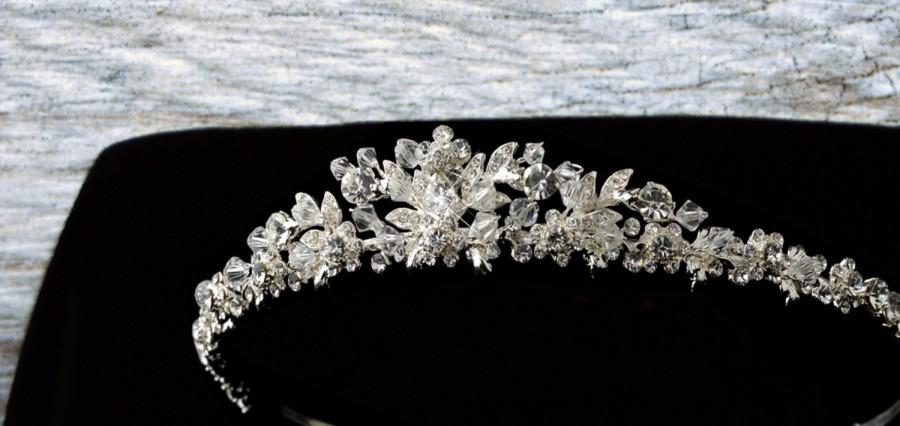 Свадьба - Bridal Tiara, Crystal Flower Tiara, Wedding Tiara, Floral Tiara, Bridal Headband, Crystal Tiara, Silver Tiara