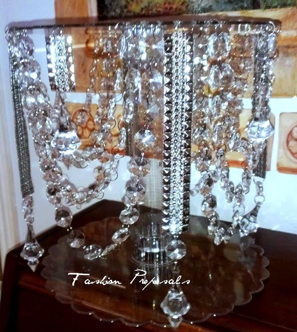 Свадьба - Sale Wedding cake stand. Waterfall and Georgeouis swags of  acrylic crystal wedding cake stand